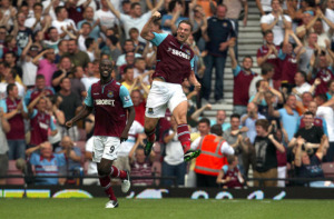 Soccer - Barclays Premier League - West Ham United v Aston Villa - Upton Park